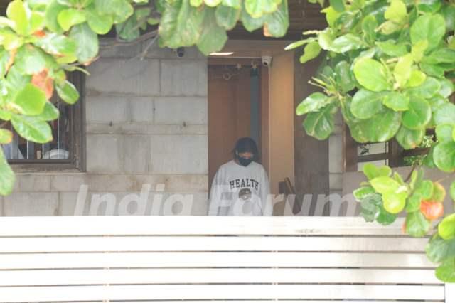 Shweta Bachchan snapped at Zoya Akhtar's house in Bandra