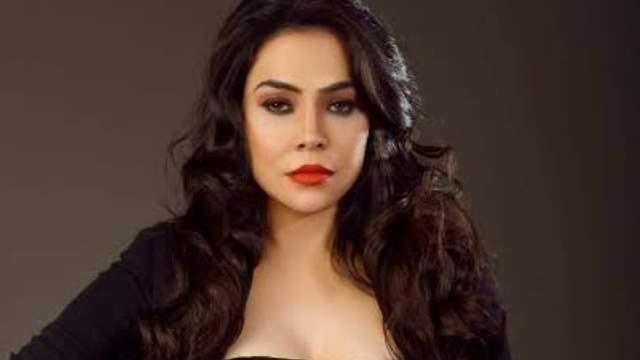 'Garam Masala' actress Nikita Rawal