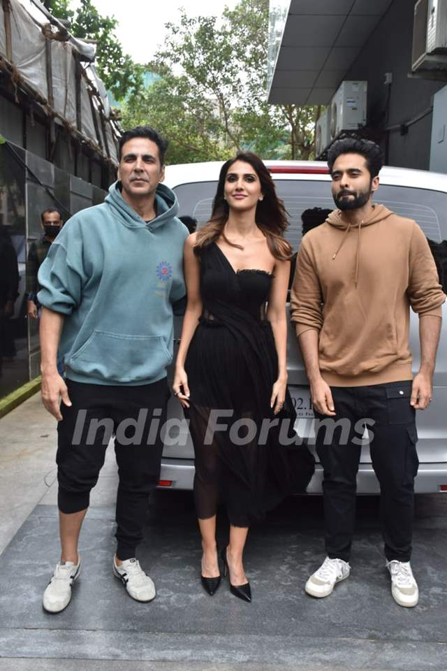 Akshay Kumar, Vaani Kapoor, Jackky Bhagnani at the promotions of Bell Bottom