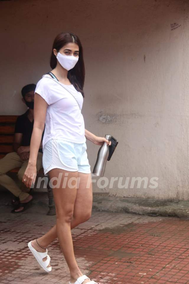Pooja Hegde snapped at gym