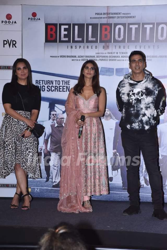 Lara Dutta, Vaani Kapoor and Akshay Kumar at Bell Bottom trailer launch in Delhi
