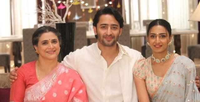 Cast of Kuch Rang Pyaar Ke Aise Bhi 3