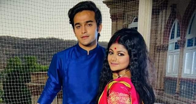 Pravisht Mishra and Pallavi Mukherjee