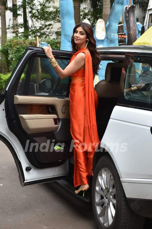Shilpa Shetty on the sets of Super Dancer