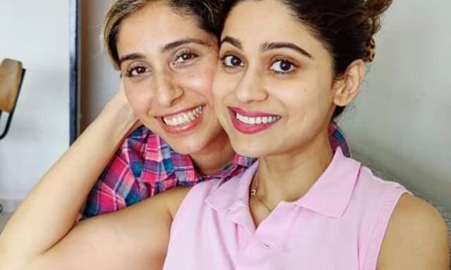 Neha Bhasin and Shamita Shetty