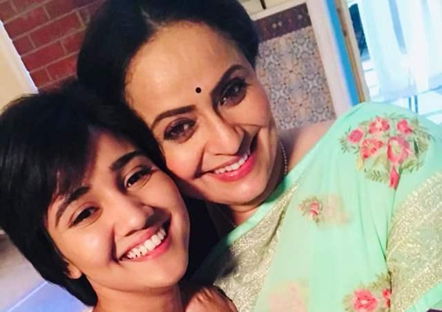 Vaishnavi and Ashi