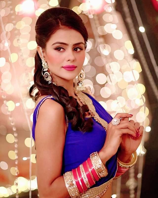 Priyanka Chaudhary as Tejo