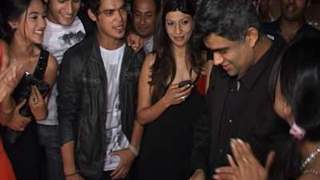 Its an awesome threesome for Cinevistaas and Siddharth Malhotra