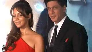 Shahrukh and Gauri Khan at Ra.One-Volkswagen event