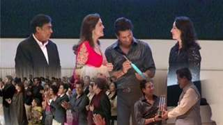 Mukesh Ambani felicitates Sachin Tendulkar with grand party - Part 03