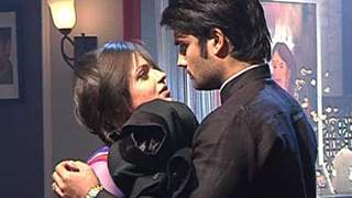 Madhubala finally falls in love with RK