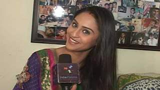 9 Reasons Krystle Dsouza like about India-Forums