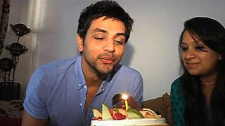 Shakti Arora Celebrating His B'day with India-Forums