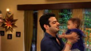 Behind The Scene Masti On the Sets Of Yeh Hai Mohabbatein