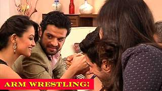 Shagun Supports Raman In The Arm Wrestling Competition