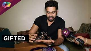 Avinash Sachdev receives gifts from his fans part-02