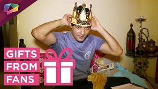 Anas Rashid receives gifts from his fans part 2